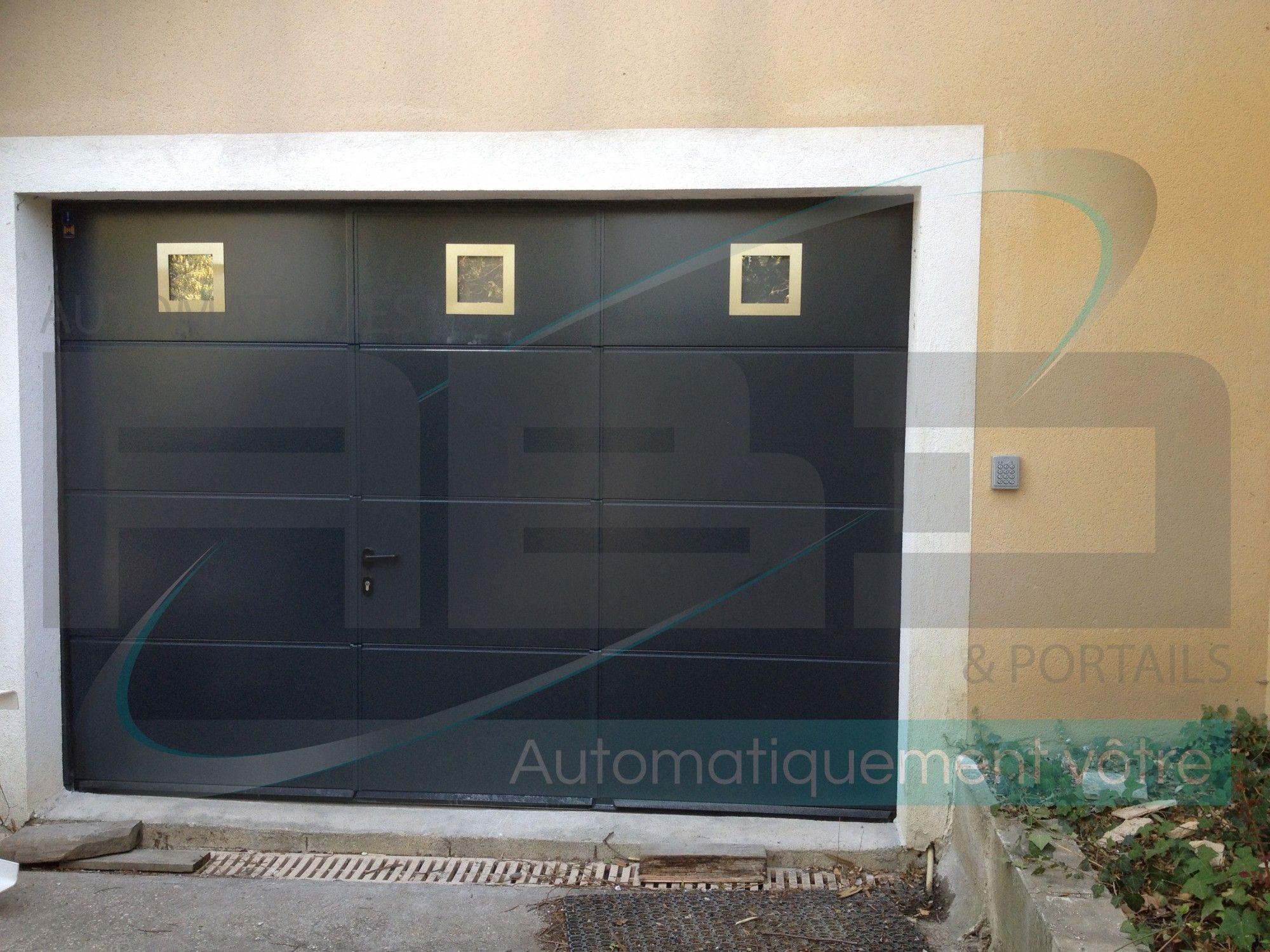 Porte De Garage Sectionnelle Avec Portillon Intégré Hormann Entre